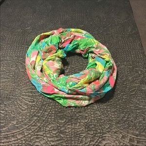 Lilly Pulitzer infinity scarf big flirt